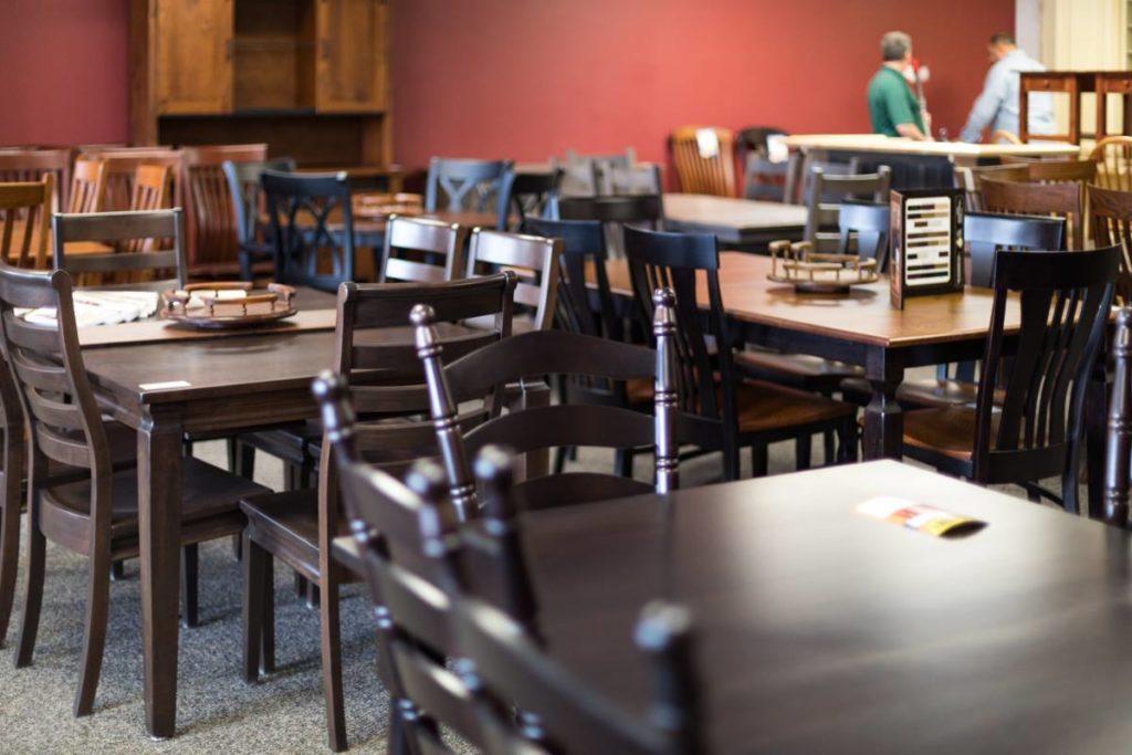 handcrafted amish furniture of dayton showroom image